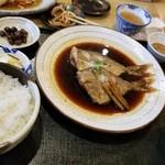 食堂 松月 - 煮魚定食