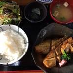 和食処 長瀧 - 煮魚定食980円