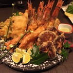 79949347 - 鱧と赤海老の天ぷら   ~上品な味わい~