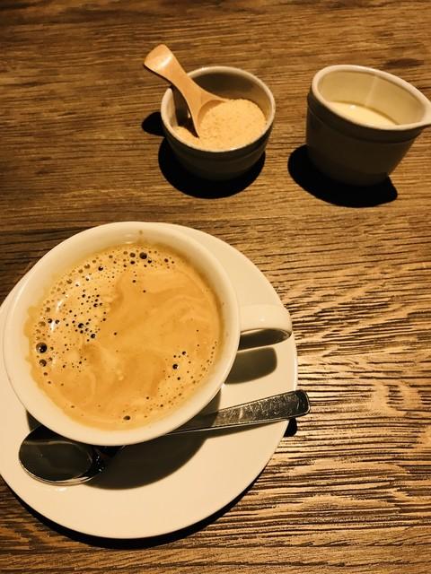 チャヤマクロビ ロイヤルパークホテル ザ 汐留店  - 有機コーヒーにはきび砂糖と豆乳