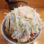 ラーメン二郎 - 小豚辛いヤツ※ヤサイ·ニンニク·アブラ