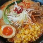 くるまやラーメン - 味噌担々麺+コーン+メンマです。