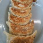 くるまやラーメン - ノーマルの焼き餃子です。