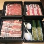 しゃぶ菜 - スタンダードプラン 牛バラ、豚バラ、豚肩ロース、鶏つくねが食べ放題