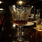 大正倶楽部 - 綺麗なグラスですね.中身はBOWMORE ?