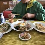中華料理 しまむら - 餃子小皿の取り皿化