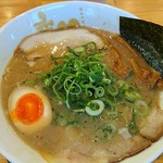79971381 - 塩豚骨 細麺ストレート  ¥800