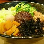 じゃじゃ麺専門店 まるじゃ - じゃじゃ麺(まるじゃスペシャル)