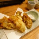 酒亭 道や - 牡蠣の天ぷら