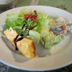 イタリア酒場料理 チェリーナ邸 - ランチのサラダと前菜3種
