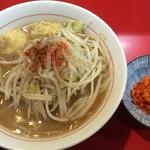 千里眼 - ラーメン 麺160g ヤサイ少なめ・ニンニク・ショウマシし・カラアゲ別皿で 730円
