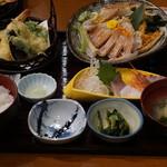 生け簀の甲羅 - カニ刺し御膳3480円