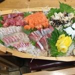 浜ちゃん  - 料理写真:ある日のお造り盛り6人前(船盛り)