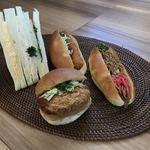 パオン昭月 - 料理写真:三色サンドイッチ・グラタン・メンチカツサンド・焼きそばパン