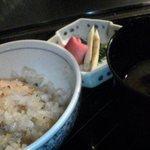 横浜うかい亭 - ガーリックライス。香ばしくて美味。