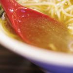 志奈そば 田なか - スープ
