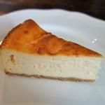 カフェ フクバコ - ベイクドチーズケーキ