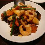 味香亭 - 三種海鮮のピリ辛炒め