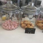 サニー・ファニー・カフェ - お土産にも、店内でも食べられるクッキー