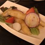 スペイン料理 3BEBES - セビッチェ340円+スペイン産極太ホワイトアスパラ430円×2本