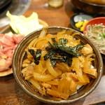 鶏料理専門店みやま本舗 - ランチの全景