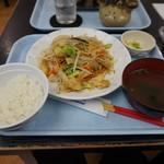 80024922 - ふーちゃんぷるー定食