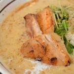 濃厚担々麺はなび - 料理写真:クリーミーごまラーメン