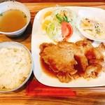 カフェチュクップ - 生姜焼き定食