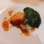 かみくら - 寒鰤のベニエ 山葵クリームソース