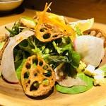 肉酒場 肉僧 - 肉僧サラダカルパッチョドレッシング¥680