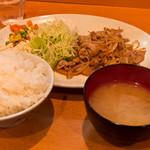 朝美食堂 - 豚肉生姜焼き定食