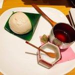 和食バル 音音 - モッチリ豆腐