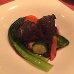 シーブリーズ - 牛ほほ肉の赤ワイン煮込み