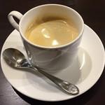 ビストロメイクマ - コーヒー 250円