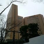 キュイジーヌ[s] ミッシェル・トロワグロ - こちらのホテル1階にあります