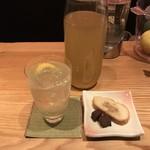 BAR紫蘭 - 広島産レモン使用リモンチェッロハイボール、お通し