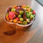 ホップス アンド ハーブズ - お豆さん