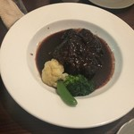 アキチ - 牛ホホの赤ワイン煮