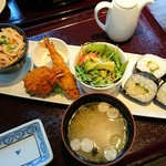 釧路ふく亭 櫂梯楼 - 櫂梯楼プレート 1,080円(本日のパスタ、巻き寿司、フライ2点、サラダ、味噌汁)