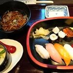釧路ふく亭 櫂梯楼 - ランチ寿司セット 1,080円(茶碗蒸し、そば、うどん温冷どちらか)