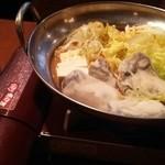 寿しやの台所 - カキ鍋