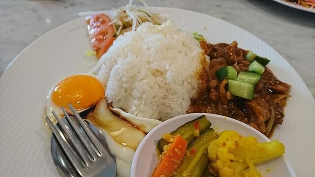シンガポール海南鶏飯 水道橋店の料理の写真