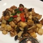 80074942 - 「鶏肉と季節野菜の炒め」(「年末年始ランチコース」3000円)