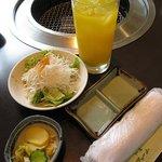 農園レストラン みやもとファーム - クーポンドリンクにランチのサラダ漬物
