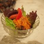 JUHA - サラダ