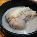高麗参鶏湯 - 高麗漢方参鶏湯