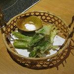 北の味紀行と地酒 北海道 - 行者にんくの天ぷらです。