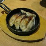 北の味紀行と地酒 北海道 - 行者にんにくの餃子です。