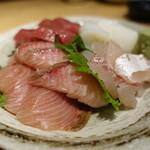 天ぷらと日本酒 明日源 - 寒鰤、きはだ、コウイカ、鯛