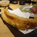 天ぷらと日本酒 明日源 - 大穴子一本揚げ